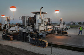 Wirtgen SP 90 series: Top-quality paving of large concrete slabs