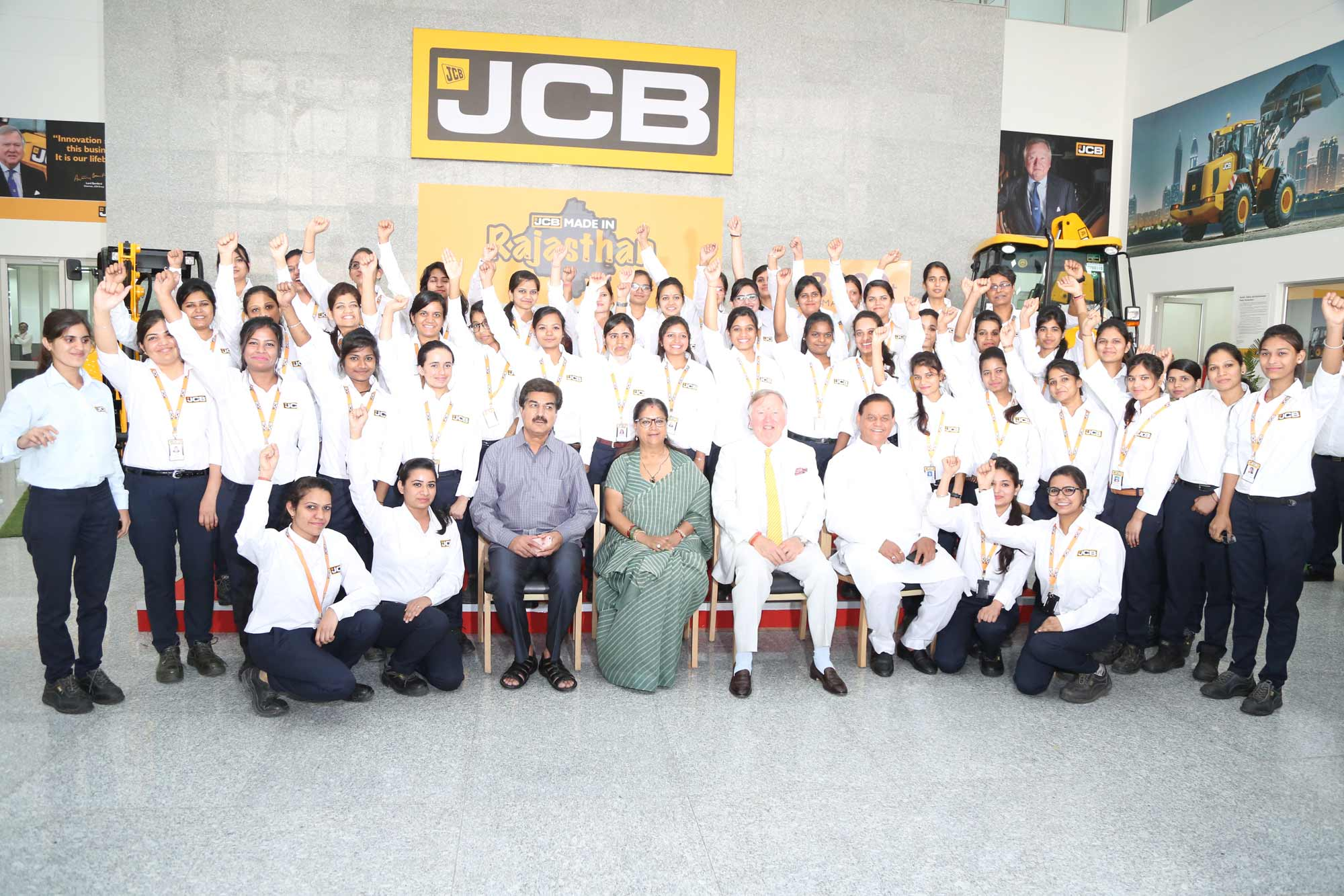 JCB rolls out its 3,000th machine from Jaipur facility